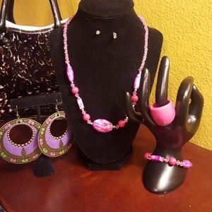 Jewelry - 5 piece jewelry set